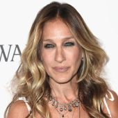 Sarah Jessica Parker Cuts Ties With EpiPen Drug Maker, Criticizes Price Increase