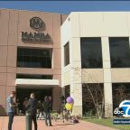 Kobe Bryant fans flock to Mamba Academy in Thousand Oaks to pay respects