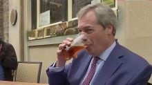 Nigel Farage celebrates #BrexitDay in the pub with a pint