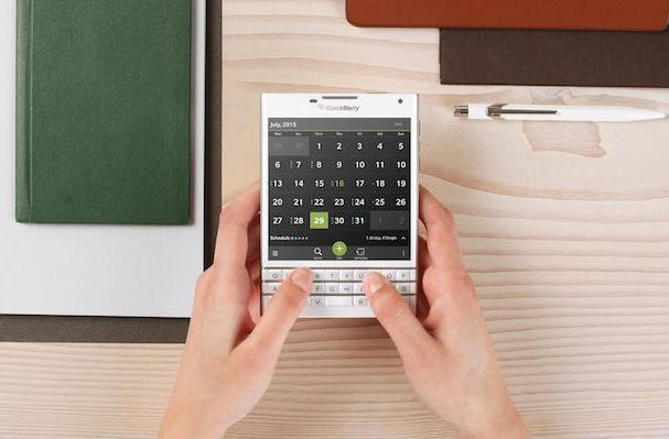 BlackBerry's one-of-a-kind Passport phone will cost $599