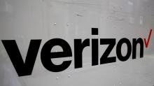 Verizon beats Wall Street estimates, shares hit 18-year high