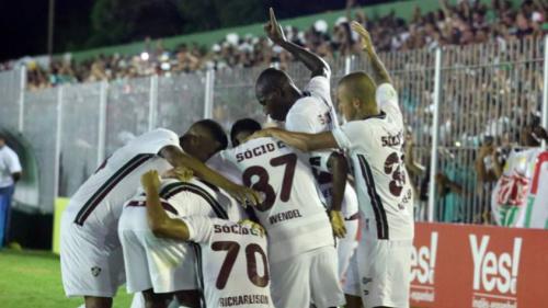 'É a hora ideal para testar os jovens e 'esquecidos' do elenco do Fluminense'