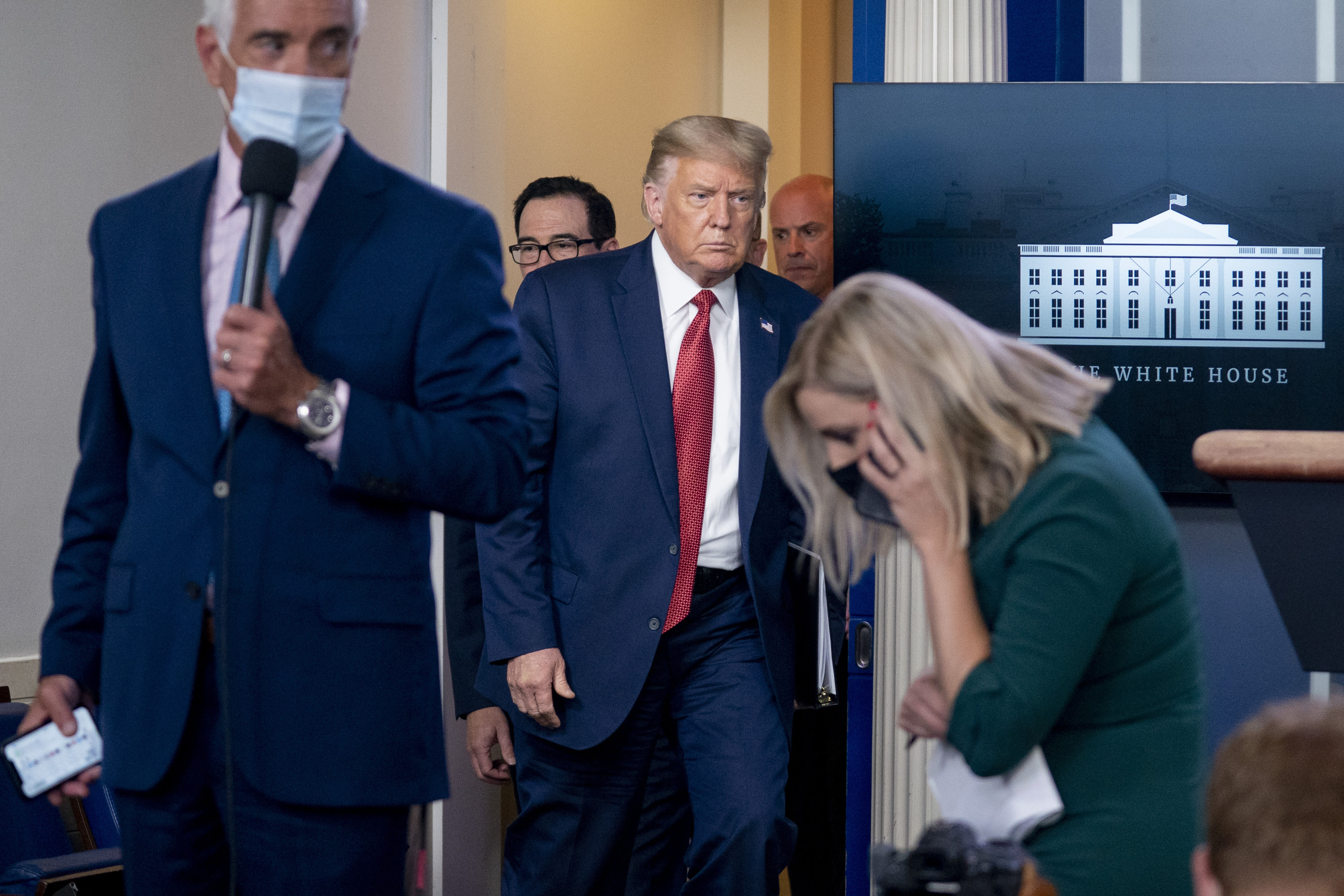 Trump leaves briefing after shooting near White House