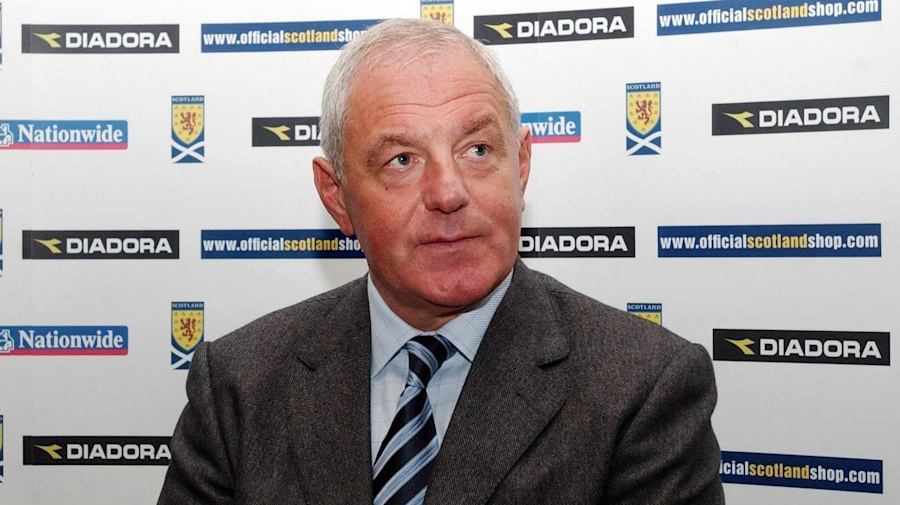 On this day in 2004: Walter Smith replaces Berti Vogts as Scotland boss