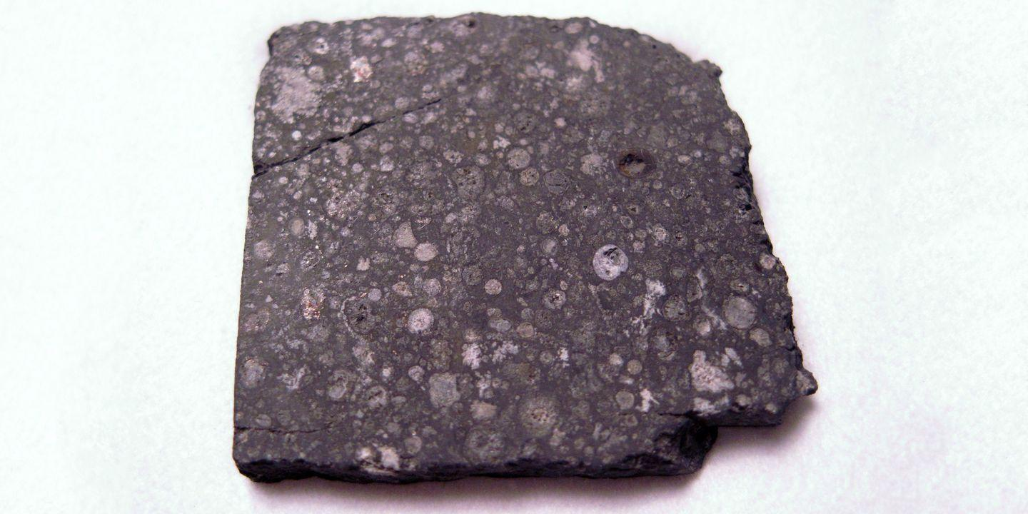 Scientists Found Protein in a Meteorite, Which Means Space Is Totally Yoked