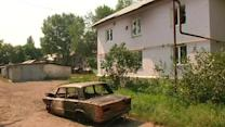 Ukraine army recaptures town near rebel stronghold