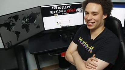 Marcus Hutchins: British computer expert who helped shut down NHS cyber attack admits criminal charges in US