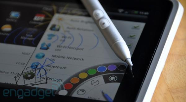 The 100th Engadget Mobile Podcast Giveaway: win an HTC Flyer!