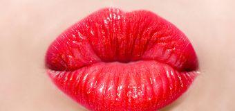 Get a free MAC, Estée Lauder lipstick today