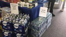 La peor cara del capitalismo: las empresas multiplican los precios de productos básicos en medio del desastre de la tormenta Harvey