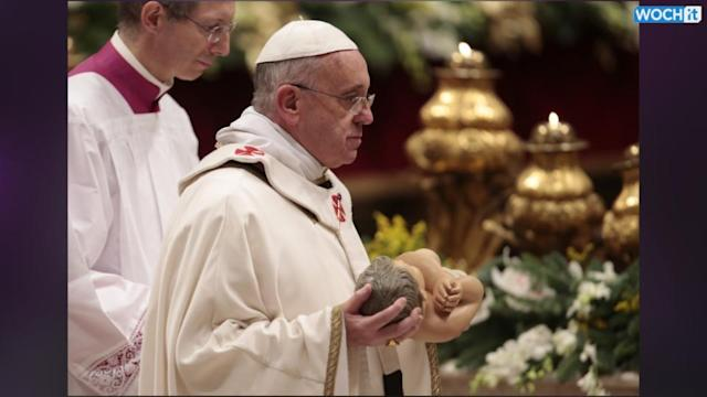 Pope Carries Baby Jesus Statue On Christmas Eve