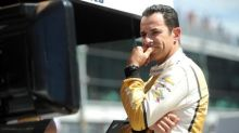 Motor racing - Castroneves fastest in final Indy 500 practice