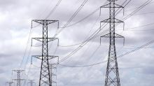 Energy giants told to keep helping Aussies