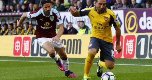 Foot - ANG - Arsenal - Arsenal : Saison terminée pour Santi Cazorla