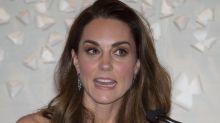 Kate Middleton recicla vestido para ofrecer inusual discurso
