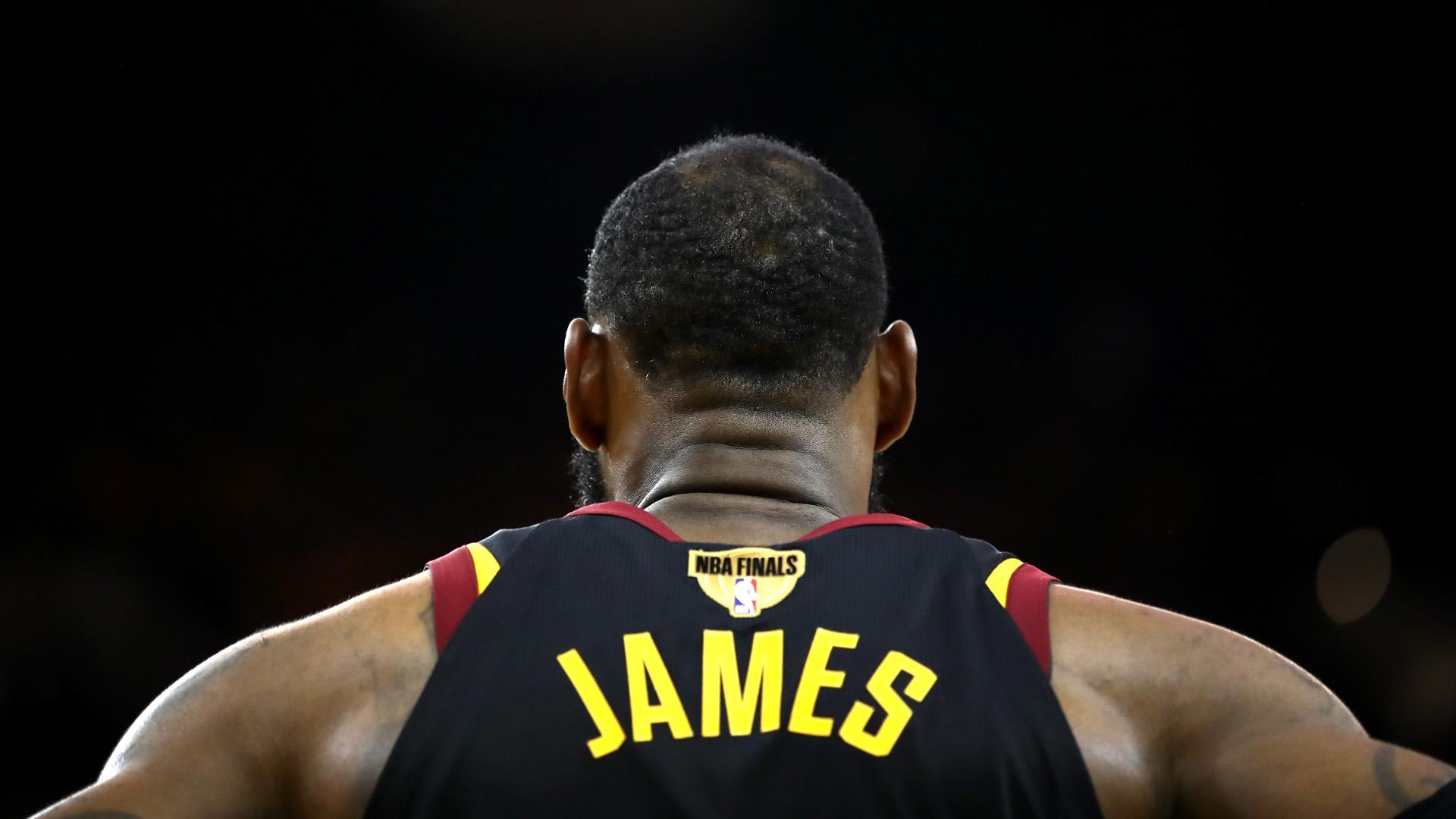 NBA Finals: LeBron James sweepstakes begin as soon as Game 4 ends
