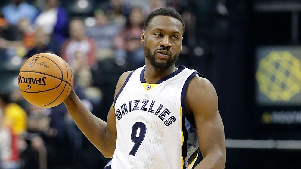 Pelicans sign defensive specialist Tony Allen to 1-year deal, report says