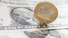 EUR/USD Price Forecast – Euro rallies back into the consolidation.