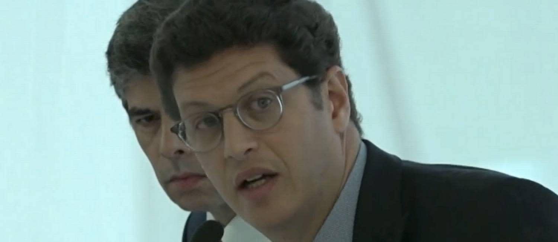 Órgão do MPF recomenda investigação contra Salles por crimes de responsabilidade e de improbidade