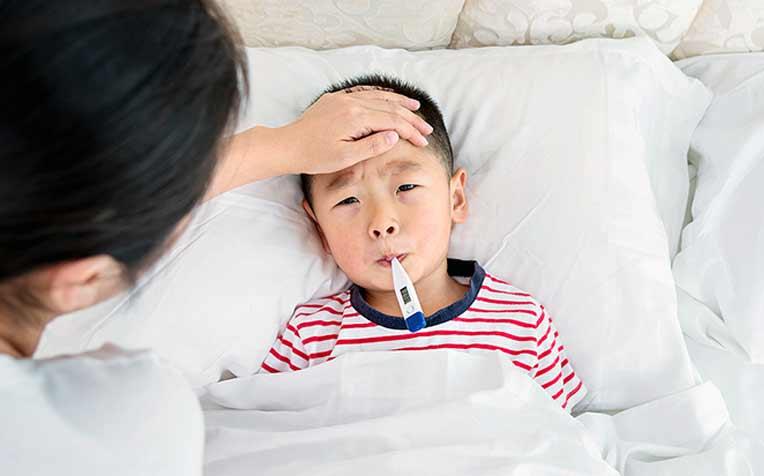 Gastroenteritis (Stomach Flu) in Children: What Should Parents Do
