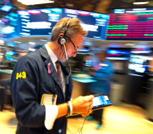 Stocks fall, marking twelfth down day out of 14 trading sessions