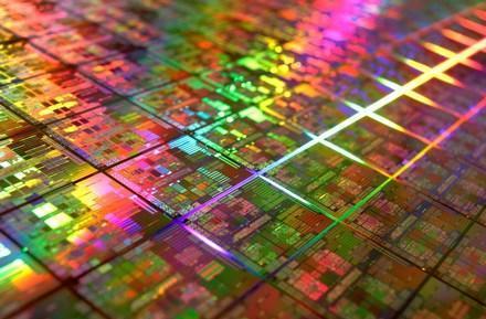AMD launches first 45nm, quad-core Shanghai Opterons, hitting desktops Q1