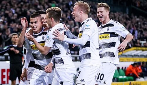 Bundesliga: Benes schießt Gladbach zum Dreier