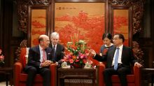 US commerce secretary says to focus on reducing defict with China