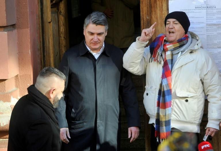 Milanovic (C) led the first round with around a third of the vote (AFP Photo/Denis LOVROVIC)