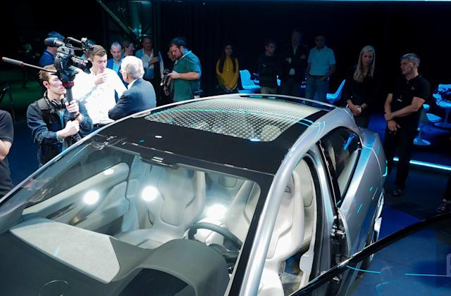 The slow evolution of the tech-centric LA Auto Show