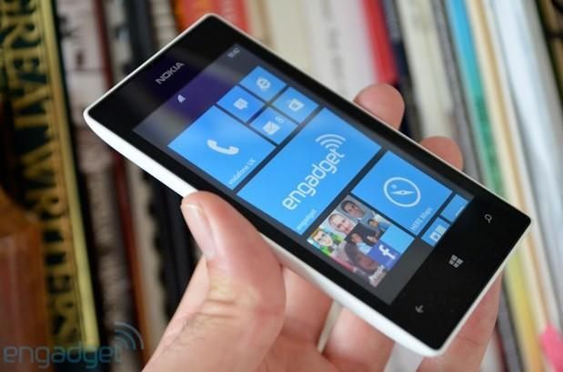 Nokia Lumia 520 comes to AT&T GoPhone on July 26th for $100 off-contract
