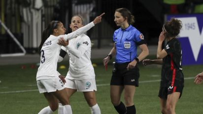 Red card record, scrum part of wild NWSL opener