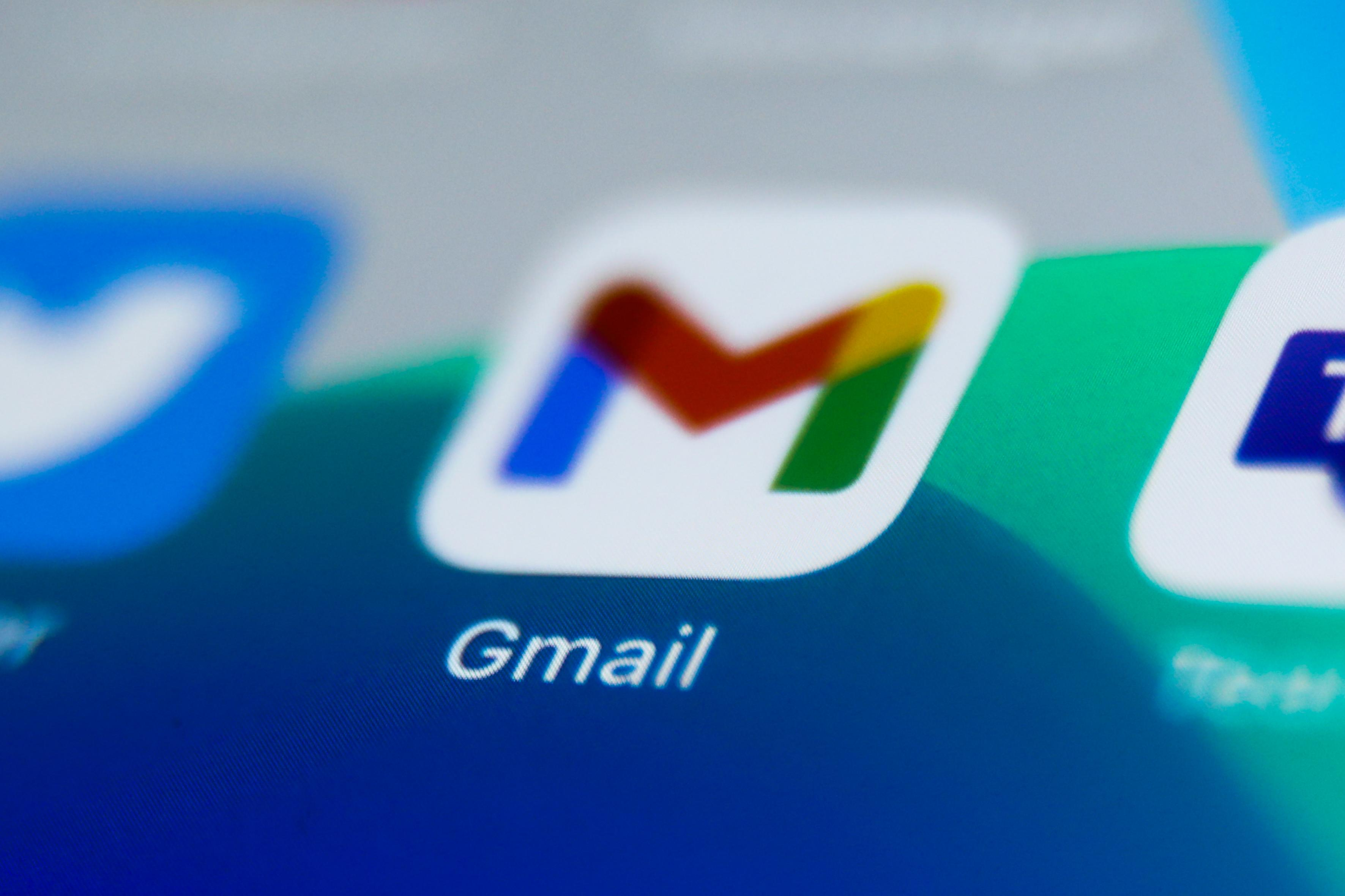 Google updates Gmail and other iOS apps for the first time in months - Engadget