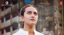 Sonakshi Sinha's no-glam look in this picture for Noor won our hearts