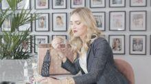Chiara Ferragni nous dévoile en exclusivité ce qui se cache dans son it bag Lady Dior