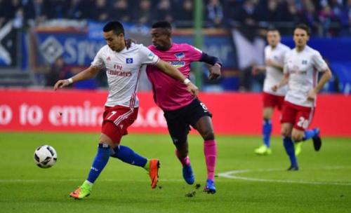 Na briga contra o rebaixamento, Hamburgo vence e embola tabela