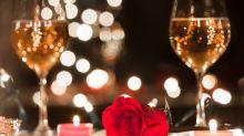 Prinz aus Nigeria mietet komplettes Restaurant für romantisches Date