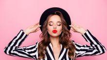 Bizarrer Trend: Darum kleben sich Teenager jetzt ihre Lippen nach oben