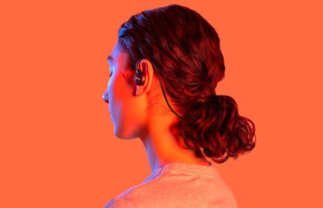 NuraLoop hands-on: Possibly the smartest earbuds around