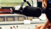Does Atresmedia Corporación de Medios de Comunicación, S.A. (BME:A3M) Have A High Beta?