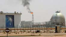 Oil prices wobble in holiday-thinned trade