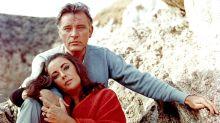 EN IMAGES - Couples mythiques : Elizabeth Taylor et Richard Burton, l'amour jusqu'à la lie