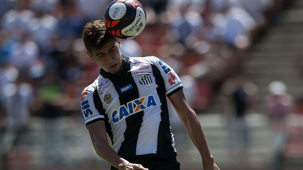 Santos vive sob expectativa de ter mudanças que podem afetar Vitor Bueno
