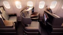 長途機善用4招 經濟艙自製私家床位