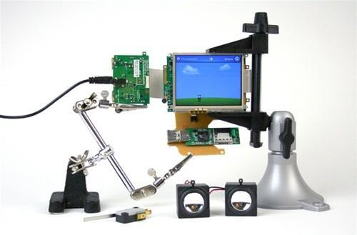 Chumby Guts kit lets you build your own Chumby device