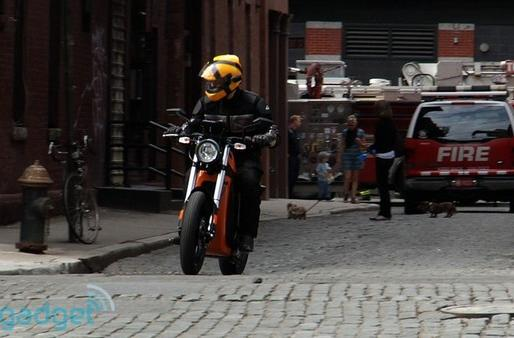 Engadget cruises with the Brammo Enertia electric motorcycle (with videos!)