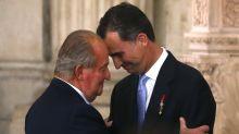 """El Rey Felipe """"sacrifica"""" a su padre como el Rey Juan Carlos """"sacrificó"""" a don Juan de Borbón"""