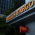 Wells Fargo to pay $1 billion to federal regulators
