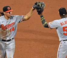 Orioles 3B Rio Ruiz makes jaw-dropping play to preserve win over Phillies