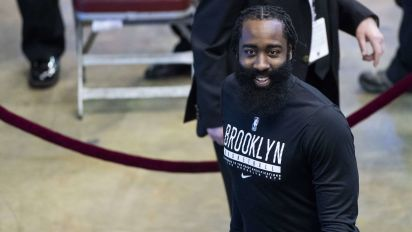 Harden greeted with boos, cheers in Houston return